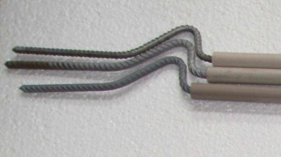 08 004 Plastikinis kuoliukas 4 pjūvių, standartinis 95 cm.
