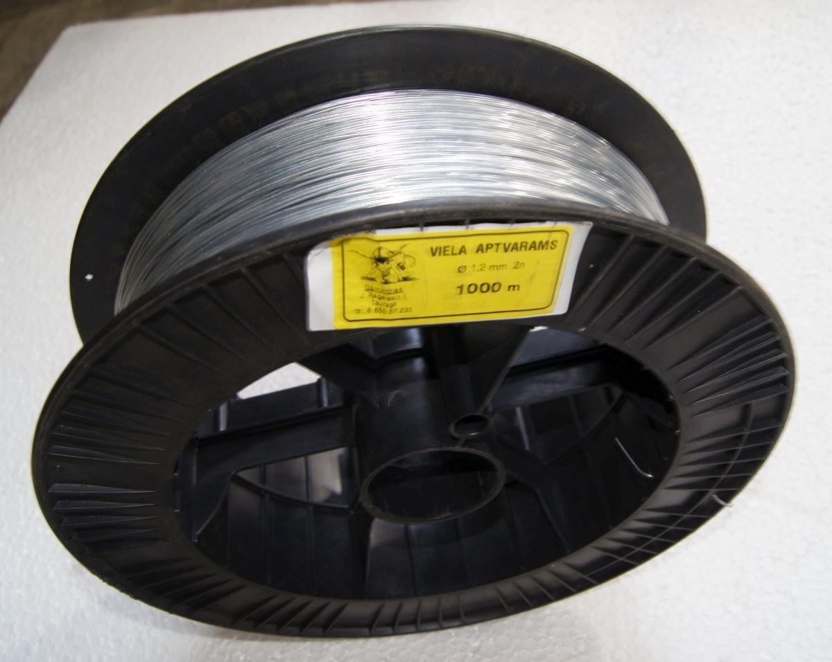 06 Wire for electric fences